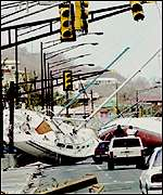 [ image: Marilyn (1995): Landfall can bring devastation]