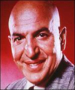 [ image: Telly addicts: Bond fans honour Savalas' Blofeld]