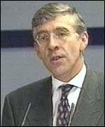 [ image: Jack Straw backs giving police access to Internet codes]