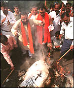 [ image: Hindu activists burned Christian symbols ahead of the Pope's speech]