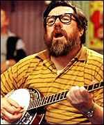 [ image: Banjo man: Ricky Tomlinson as Jim Royle]
