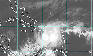 BBC News | Americas | Hurricane Lenny threatens Puerto Rico
