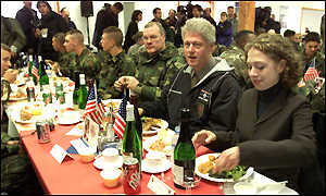 BBC News | EUROPE | Images of Clinton in Kosovo