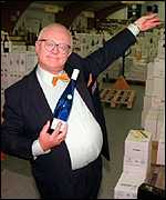 Reg Holdsworth played by actor Ken Morley