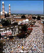 At the Taj-Ul mosque in Bhopal last week thousands prayed for human welfare