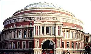 image: [ It takes 600,000 litres of water to fill the arena of the Albert Hall ]