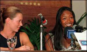 image: [ Kate Moss and Naomi Campbell enthuse to reporters after the meeting ]