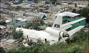 Bbc News Americas In Pictures Guatemala Plane Crash