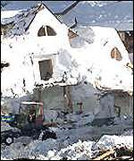 BBC News | EUROPE | Twelve die in Austrian avalanches