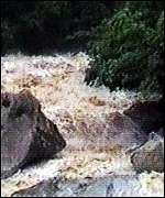 [ image: Rivers swollen by El Ni�o rains]