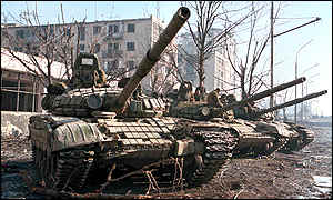 Russian tanks stand ready to leave Grozny