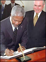Mr Annan with Mr Howard