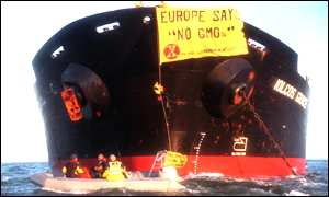 Greenpeace activists board the Iolcos Grace