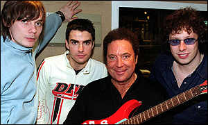 Tom Jones and the Stereophonics