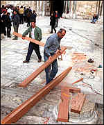 Jerusalem builders constructing ramp at Church of the Holy Sepulchre