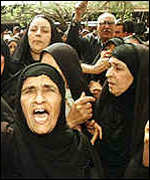Iraqi women protesting