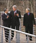 Barak, Clinton and Sharaa at talks in January