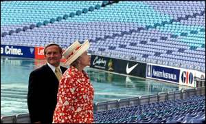 queen in stadium