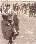 Rush for food at Korem, Ethiopia, 0ctober 1984