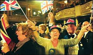 Crowds at the 1999 Tory Party conference show their support