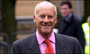 Sir Norman Foster arrives for opening of Tate Modern