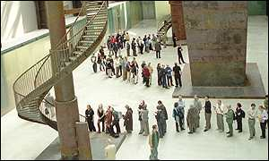 Queues at Tate Modern