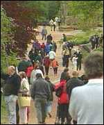 Crowds visiting the gardens
