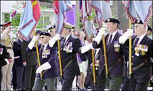 Marching veterans