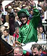 Johnny Murtagh raises a celebratory hand
