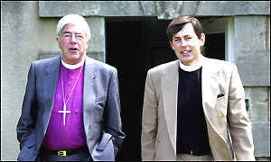 Rt Rev Barry Rogerson (L) and Rev Stone (R)