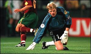 Oliver Kahn picks himself up