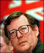 [ image: David Trimble believes a clear majority of Northern Ireland must approve the peace deal]