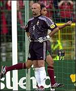 Gomes and Barthez