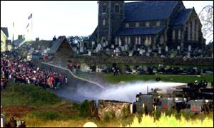 Security forces move in with water cannons against protestors at Drumcree
