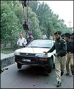 Mrs Kulsoom Nawaz and her car towed away by police