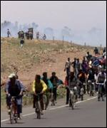 Eriteans fleeing Ethiopian attack
