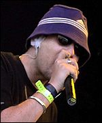 Shaun Ryder at Glastonbury 2000