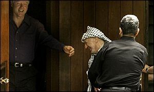 Barak pushes Arafat as Clinton watches