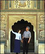 Bill Clinton with daughter Chelsea at Amer Fort