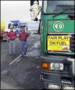 Lorry drivers at the protest outside Texaco's Pembrokeshire refinery