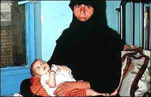 Iraqi mother and child in hospital