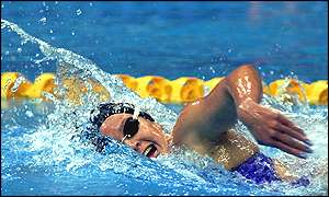 American Brooke Bennett on her way to gold in the women's 800m freestyle final