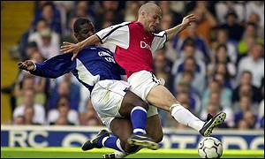 Titus Bramble and Freddie Ljunberg