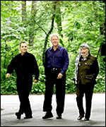 Israeli PM Ehud Barak, US President Bill Clinton, Palestinian leader Yasser Arafat - at Camp David peace talks