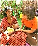 UN special envoy, Catherini Bertini with an Ethiopian mother