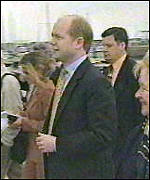 [ image: William Hague: Tory leader is campaigning with Mr Blair]