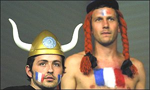 Asterix and Obelix lend their to the French atheletes.