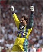 David Seaman celebrates against Scotland