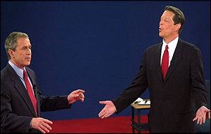 Candidates Bush and Gore in TV debate