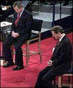 George W Bush and Al Gore observe silence at debate